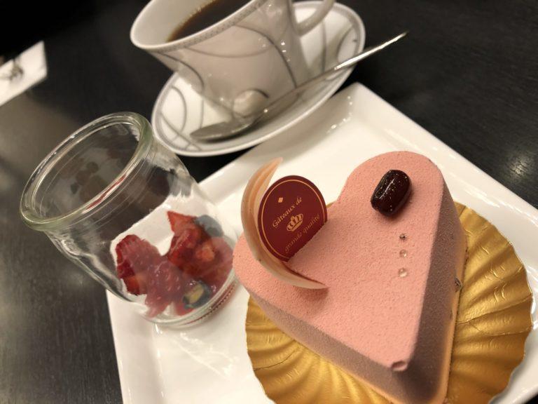 ANAケーキ